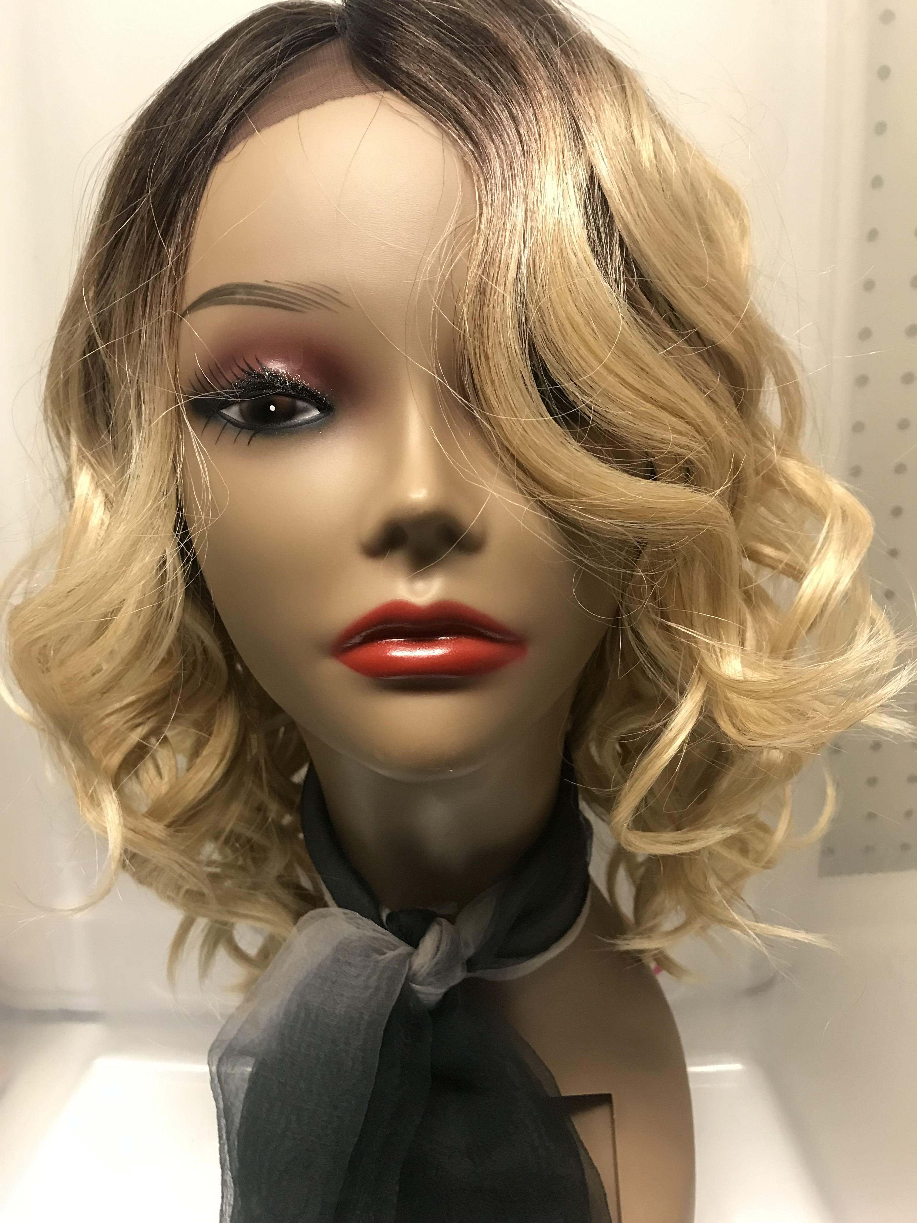 lace front with loose curls short back color tt4bld